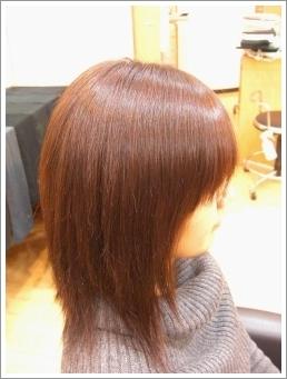 弱酸性縮毛矯正のビフォーアフター02(後01)[ミディアム]