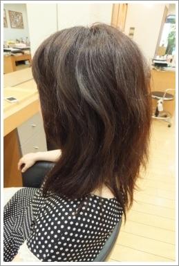 弱酸性縮毛矯正のビフォーアフター05 【前01】[ロング・左]