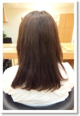 香草カラーのビフォーアフター 11 [施術後、後ろ側、ミディアム~ロング]