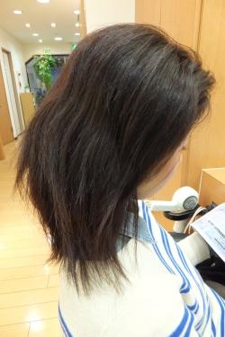 弱酸性の縮毛矯正・ストレートパーマ06 【施術前01】 ミディアムロング