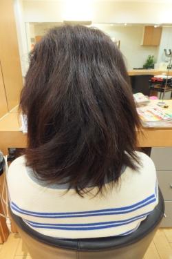 弱酸性の縮毛矯正・ストレートパーマ06 【施術前02】 ミディアムロング