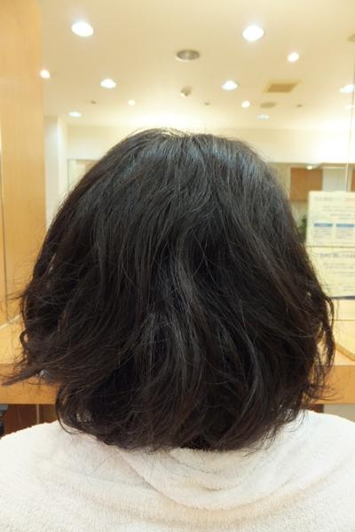 弱酸性パーマのビフォーアフター06 【施術後02】 ミディアム