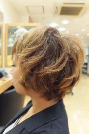 低アルカリパーマのビフォーアフター01 【施術後03】 ショートヘア