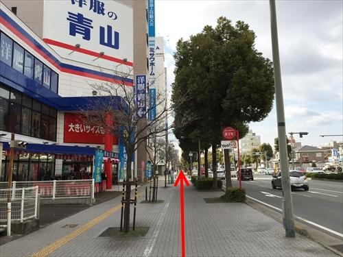 JR姫路駅南口からの徒歩アクセス 05