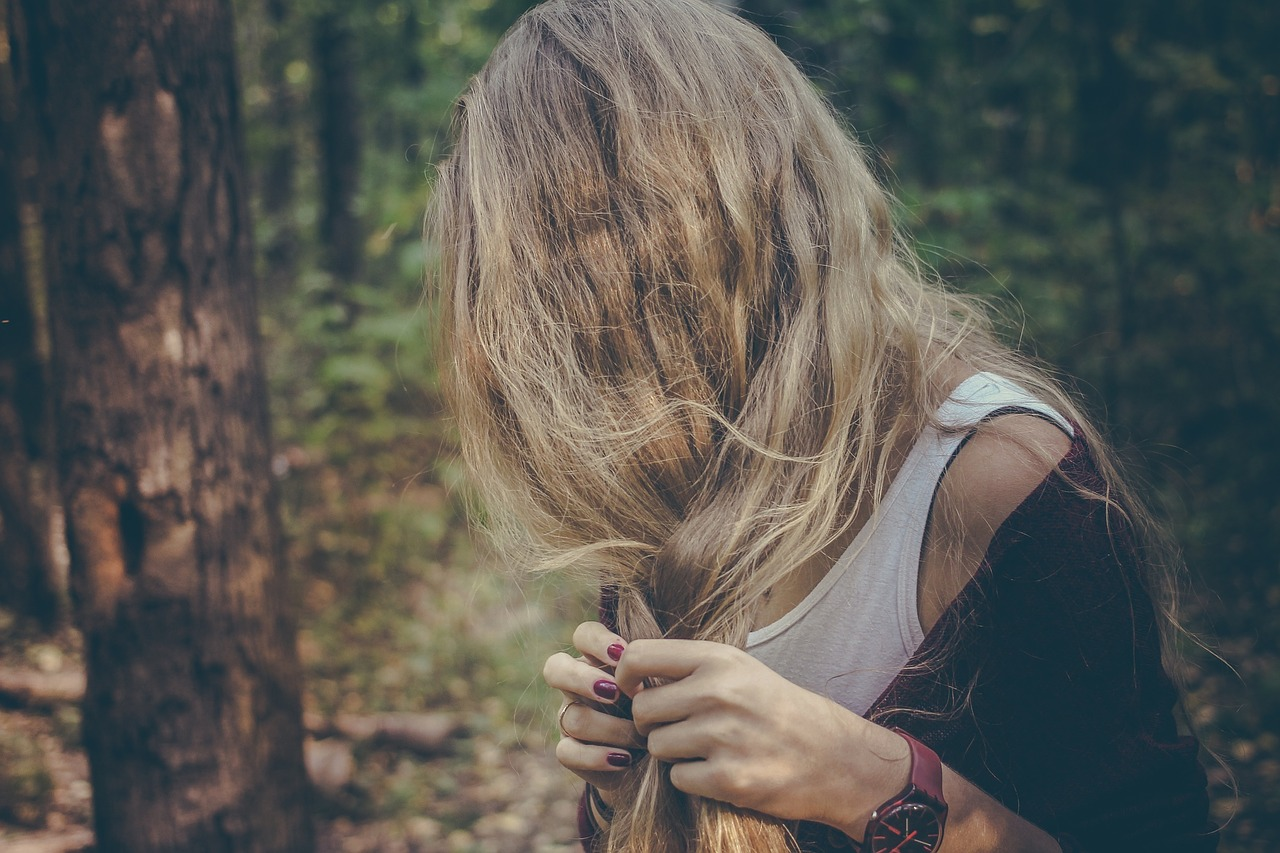 ブリーチ毛、ダメージヘアのイメージ画像
