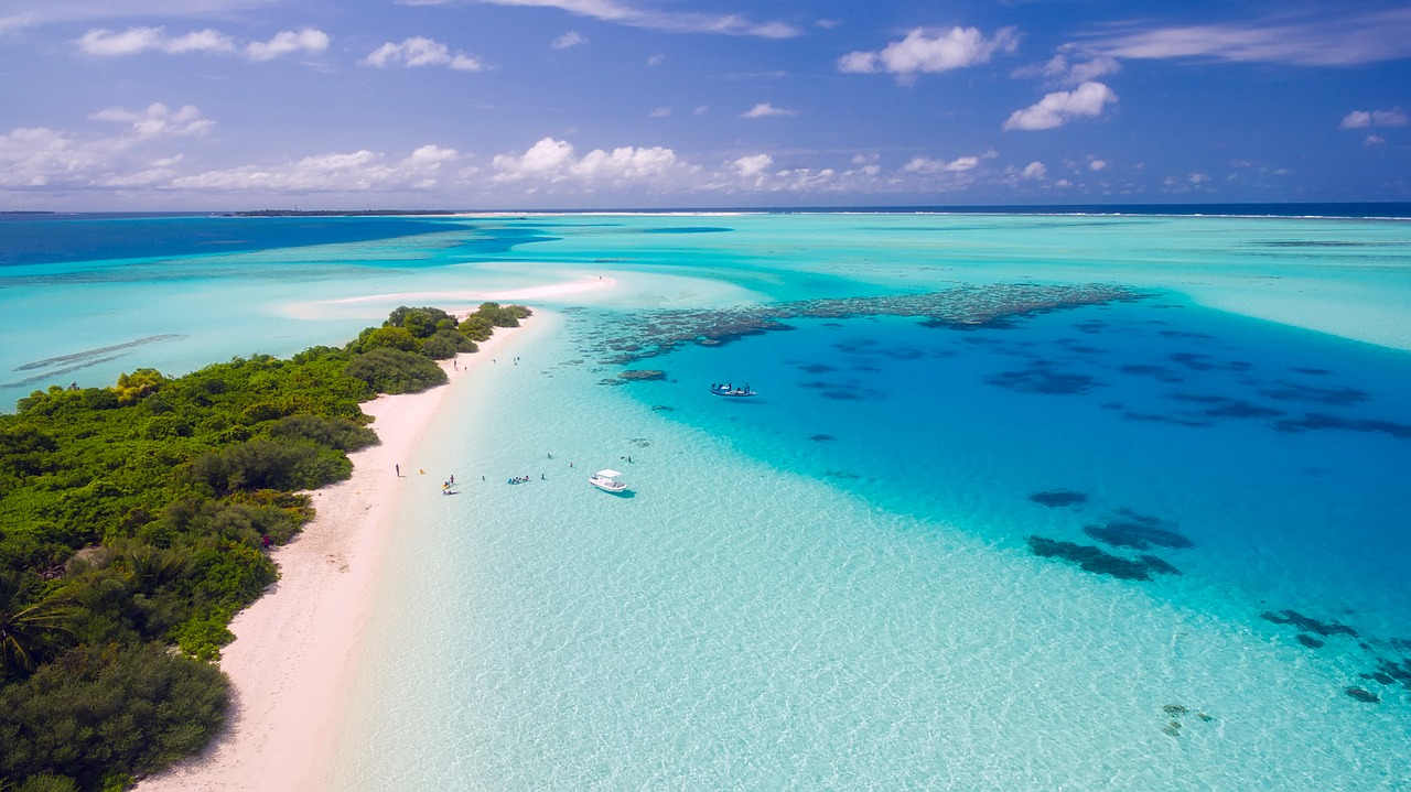 海、ビーチのイメージ画像